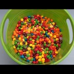 Hidden Surprise Eggs in a Bucket Full of Candy!