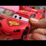 Talking Lightning McQueen Lights and Sounds diecast Cars 2 Disney Pixar talkin toys