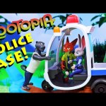 ZOOTOPIA Police Case Judy & Nick Try to Save Surprise Animals + Danger in the Rainforest Playset