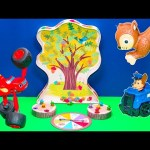 SNEAKY SNACKY SQUIRREL Game Nickelodeon Blaze Challenges Paw Patrol in Sneaky Squirrel Toys video