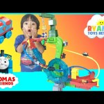 Thomas and Friends Minis Motorized Raceway Thomas DC Super Friends Toy Trains for Kids