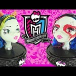 Gore-Geous Ghoul MONSTER HIGH Anti Styling Head Glows in the Dark Doll Lip Gloss 33 Hair Pieces DCTC