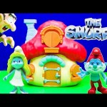 SMURFS Papa Smurf House a Schtroumpfs a Smurfs Video Toy Review