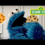 Sesame Street: Share a Cookie with Cookie Monster | Cookie Monster Snack Chat #1
