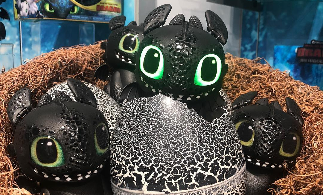This Hatchimal Toothless Is The Cutest Thing Ive Ever Seen