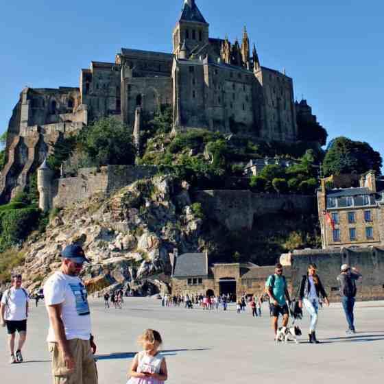 Mont Saint Michel z dzieckiem