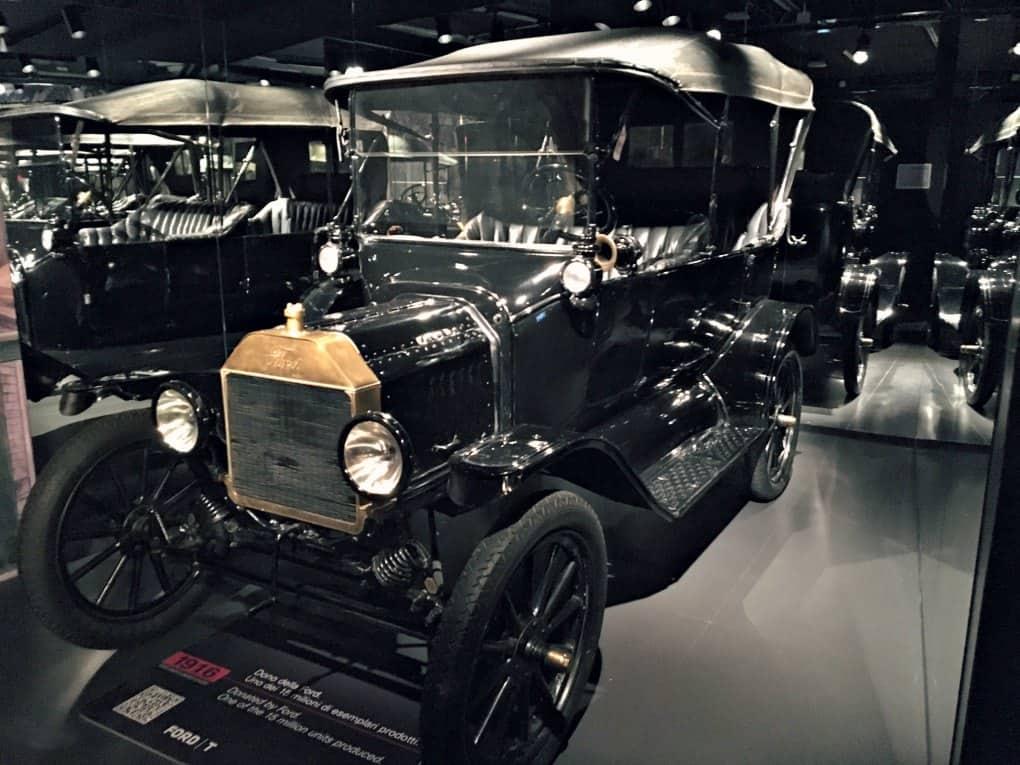Muzeum motoryzacji w Turynie