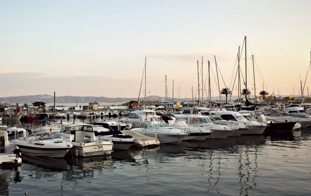 Costa Brava gdzie najlepiej się zatrzymać - Port w Estartit