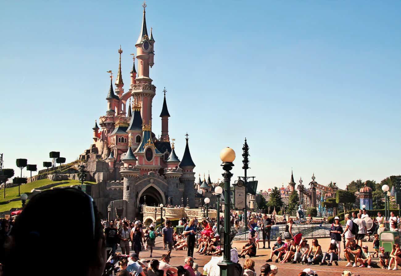Popołuniowa parada w Disneyland Paris