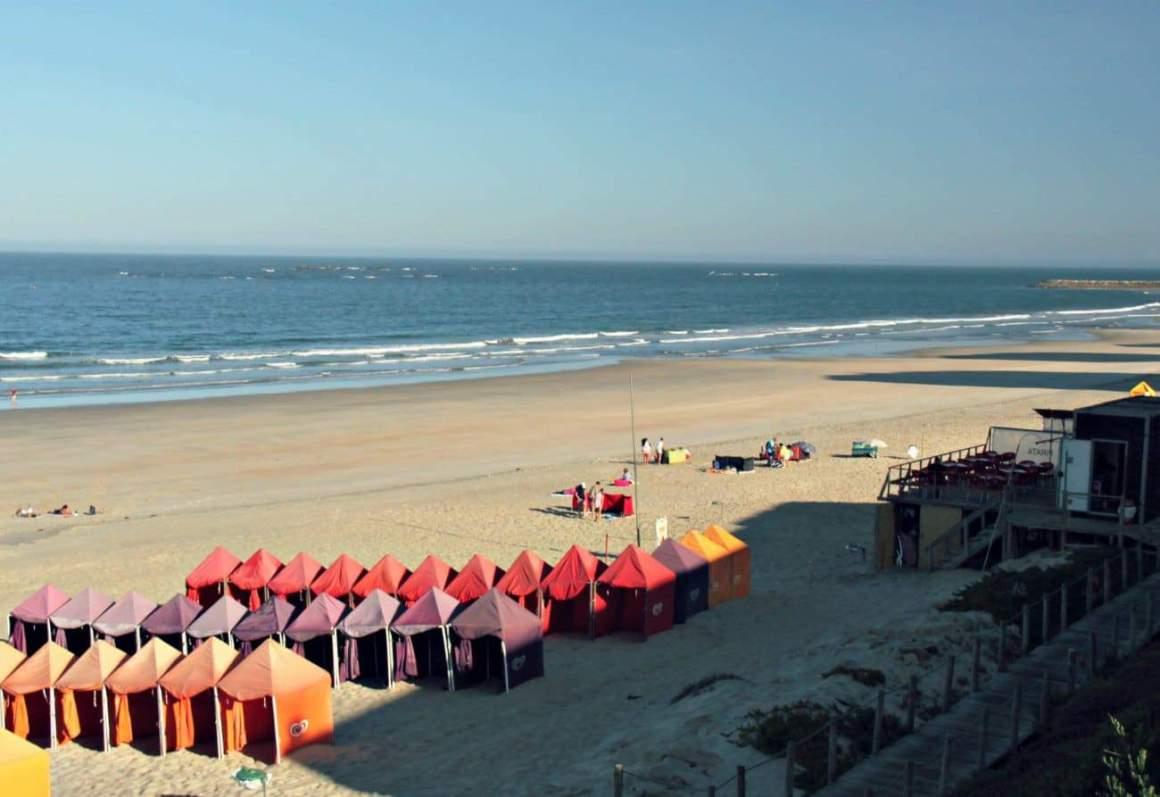 Plaża przy hotelu Axis