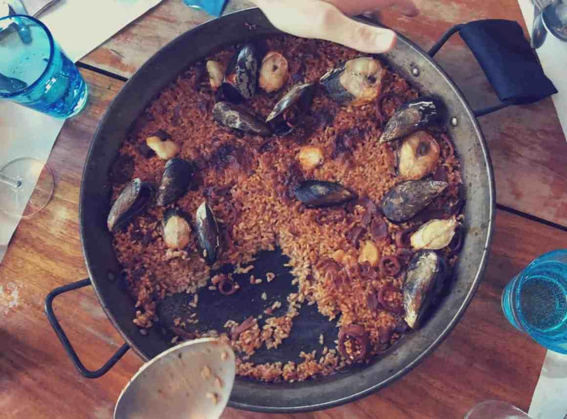 paella w Barcelonie