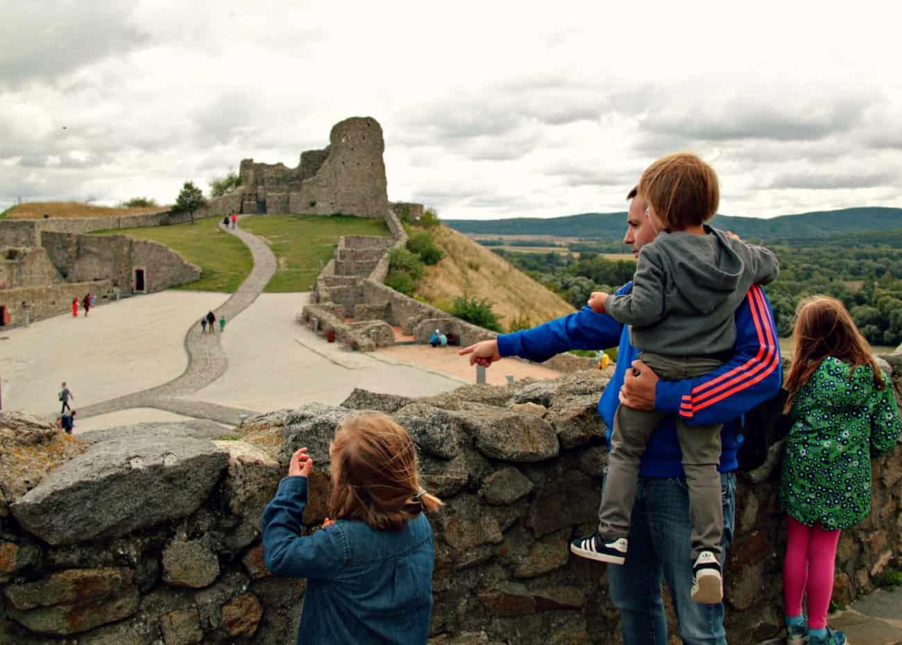 Zamek Devin - Bratyslawa z dzieckiem