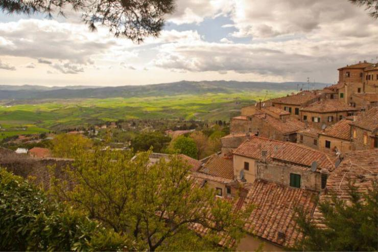 Visting-Volterra-with-Kids-Kids-Are-A-Trip