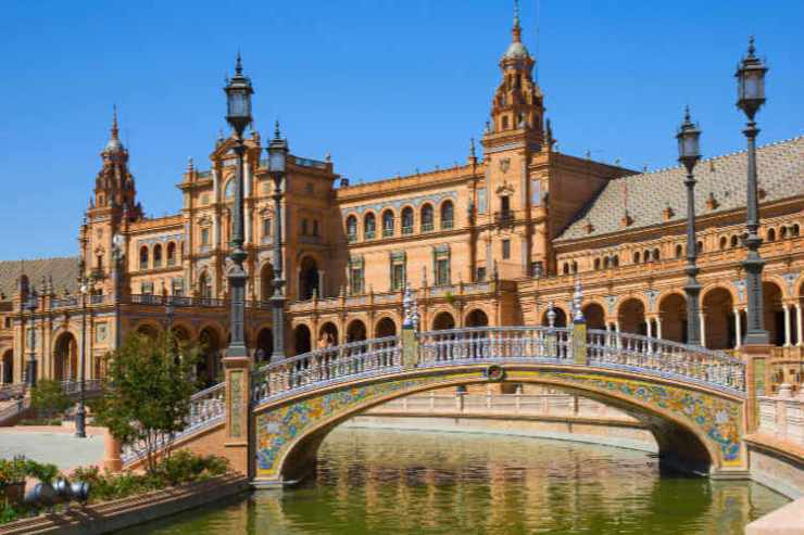 Plaza de Espana Sevilla Spain-Kids Are A Trip