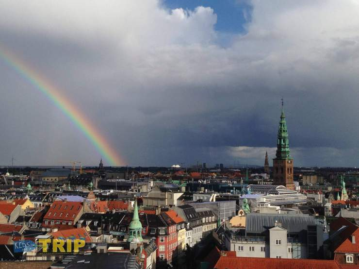 Rainbow in Copenhagen with kids