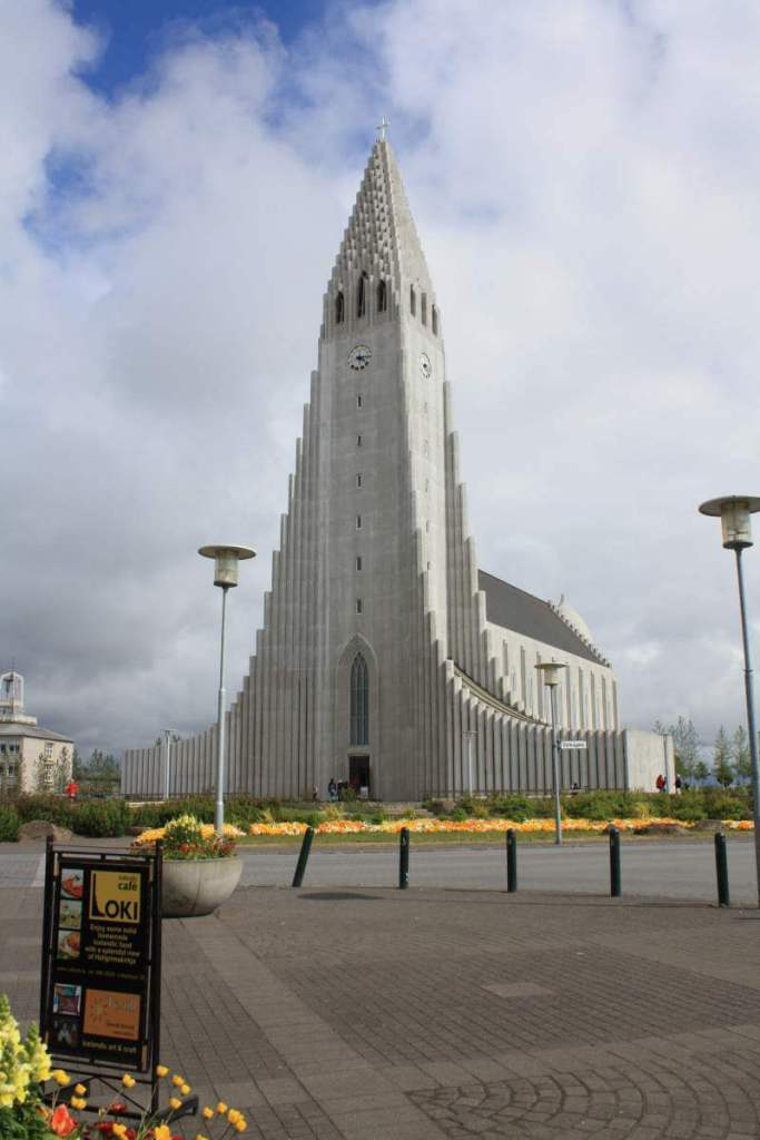 Things to Do in Iceland with Kids Hallgrimskrikja Reykjavik-Kids Are A Trip