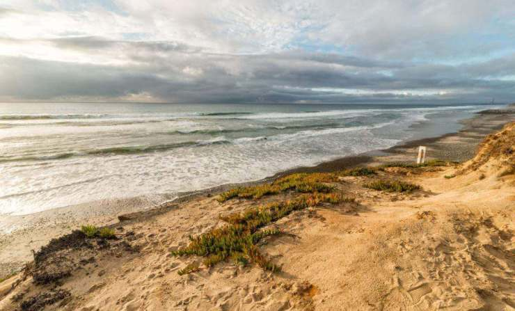 Best Family Beaches in San Diego South Ponto Carlsbad-Kids Are A Trip