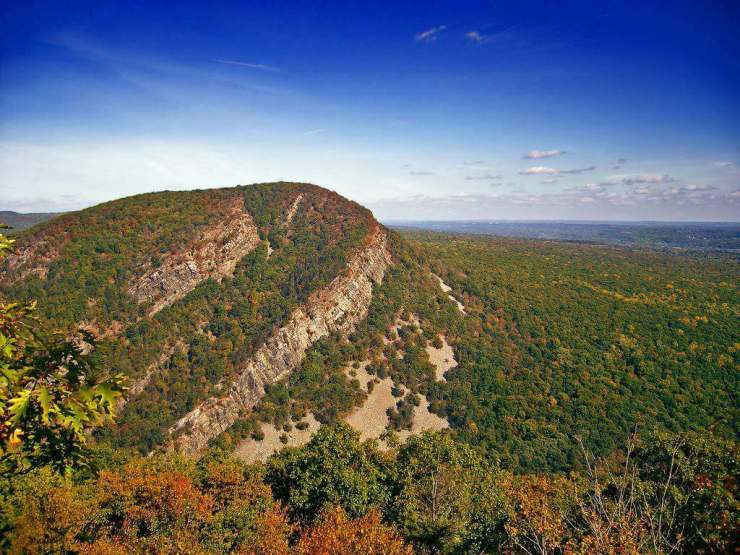 Fall Day Trips from New York City Mount Tammany-Kids Are A Trip