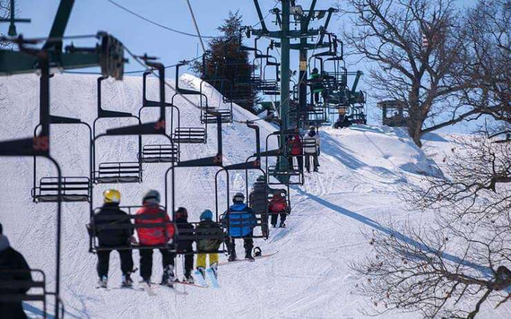 best places to ski in the midwest with kids grand geneva-kids are a trip