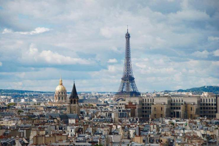 Finding the right place to stay with your family in Paris can be an exhausting task. We've done all the research and we're sharing our results. Here are the best places to stay in Paris with kids. Kids Are A Trip