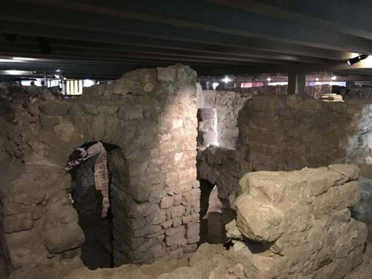 Context Tours in Paris Archeological Crypt Roman Ruins-Kids Are A Trip
