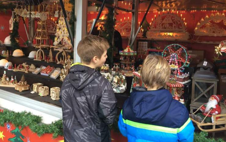 Swiss Christmas Markets in Europe Rapperswil-Kids Are A Trip