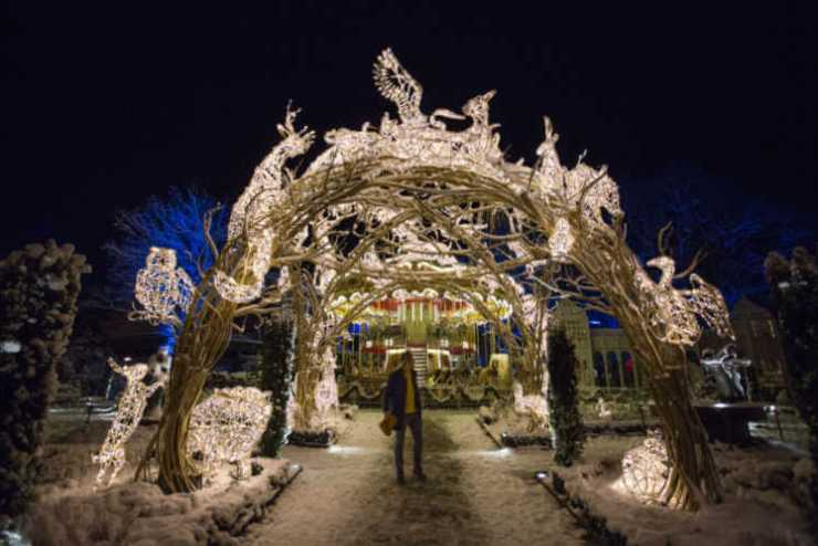 Liseberg-B-in-Light-Atrium Gothenburg Christmas Market- Vagabond3