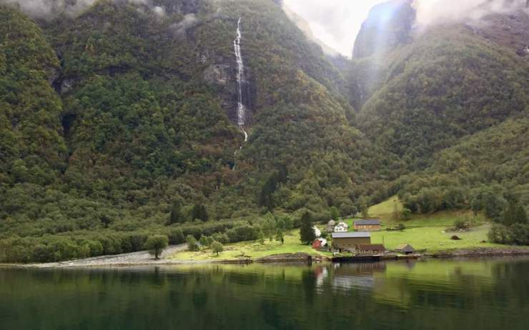 Visit Norway with Kids Waterfalls Fjord Tour-Kids Are A Trip