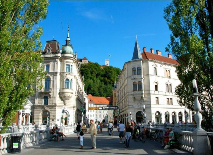 Things-to-Do-in-Ljubljana-Enjoy-Old-Town-Kids-Are-A-Trip