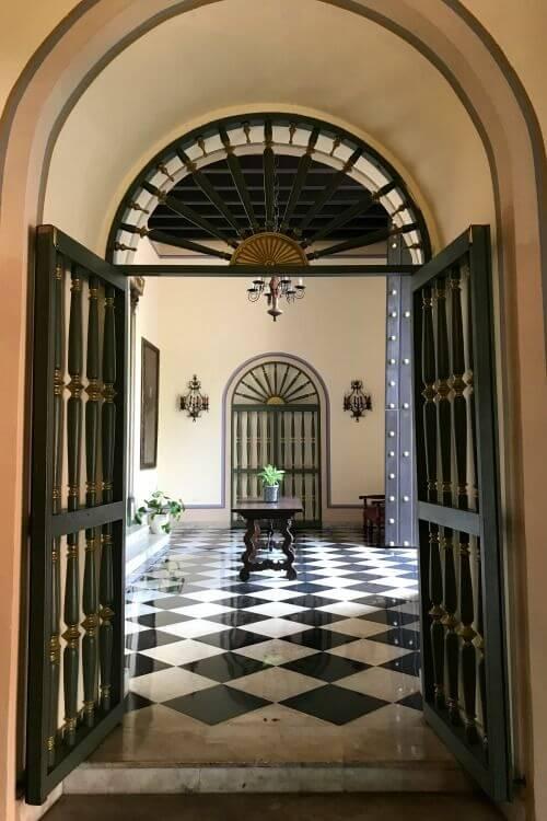 Hotel-El-Convento-San-Juan-Puerto-Rico-Entryway-Kids-Are-A-Trip