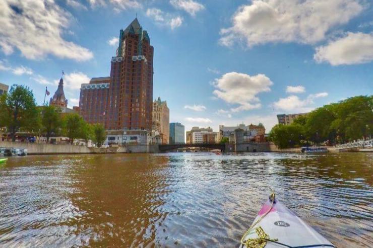 Weekend-Getaway-in-Milwaukee-Kids-Are-A-Trip