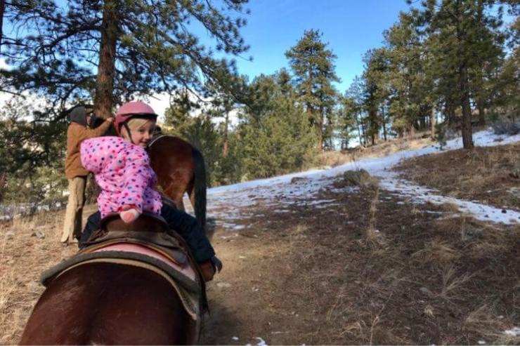 Estes-Park-Winter-with-Kids-Kids-Are-A-Trip