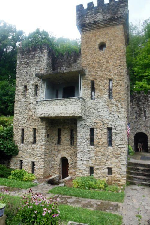 Chateau-Laroche-Loveland-Castle-in-Ohio-Kids-Are-A-Trip