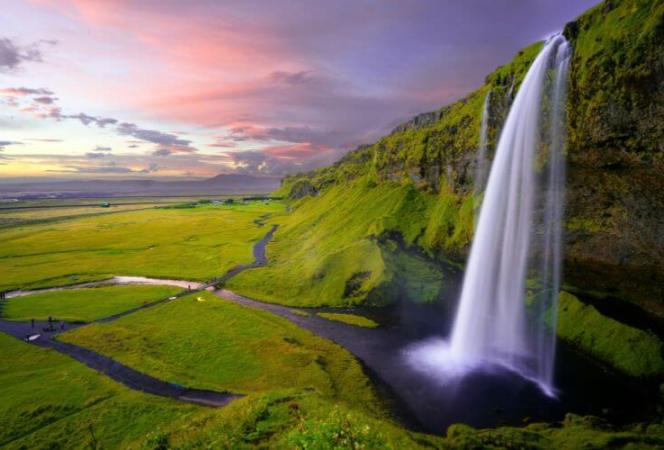 Planning a trip to Iceland with kids can be overwhelming. Here are the best tips for how to plan, where to stay, what to see, and the best time to visit Iceland. - Kids Are A Trip