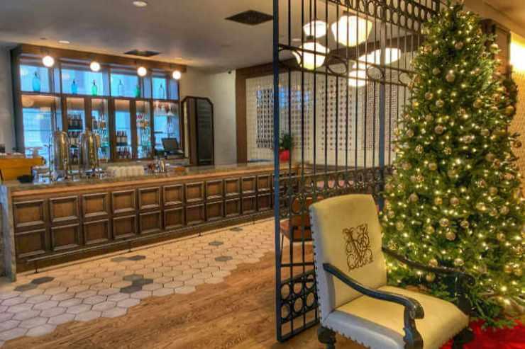 Hotel Valencia Lobby Christmas-Kids Are A Trip