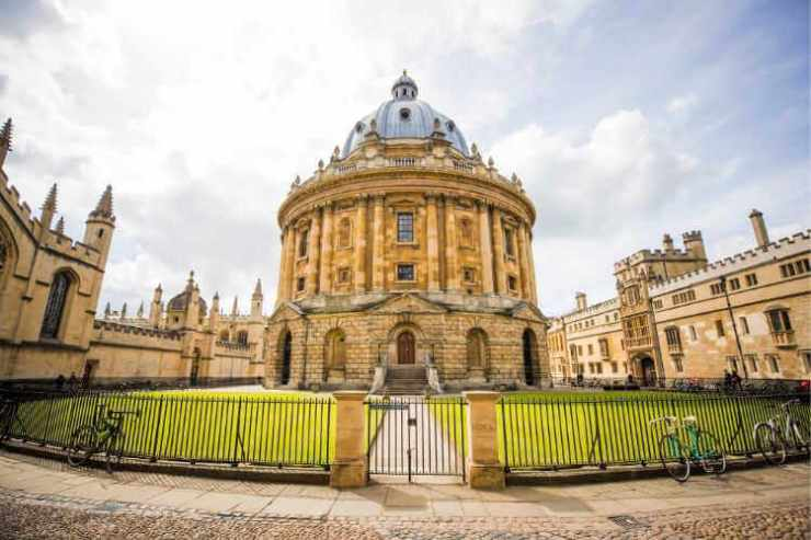 Oxford England-Kids Are A Trip