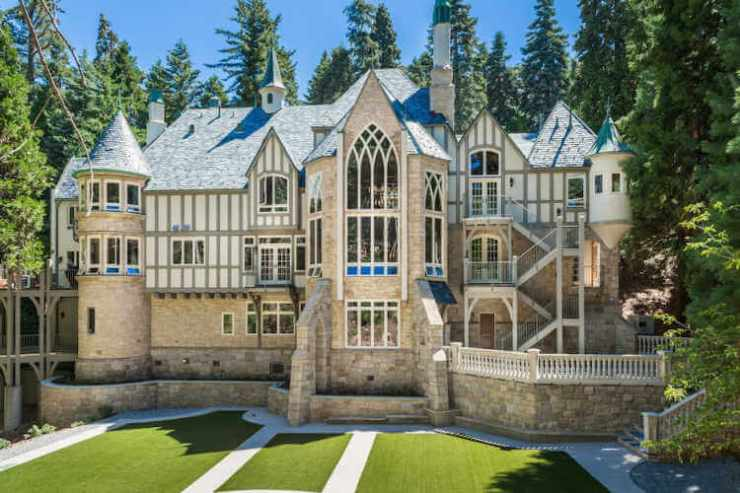 Castle to Rent in California-Kids Are A Trip