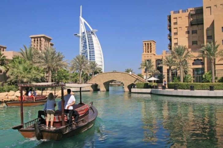 Dubai with kids-Kids Are a Trip