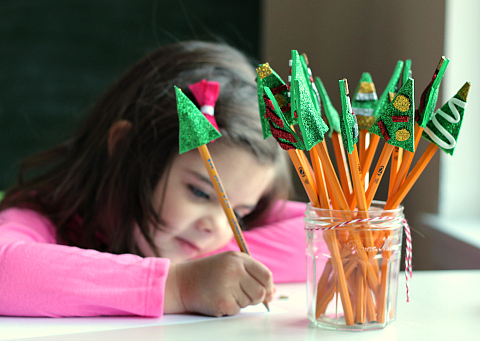christmas-tree-pencil-toppers-encourage-writing