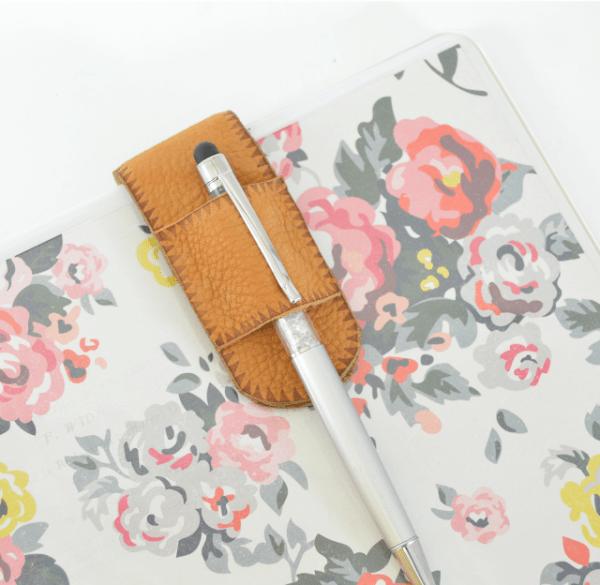 diy pen holder for binder notebooks