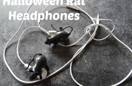 Halloween Earphone Hack