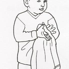 Πλένει τα χέρια του
