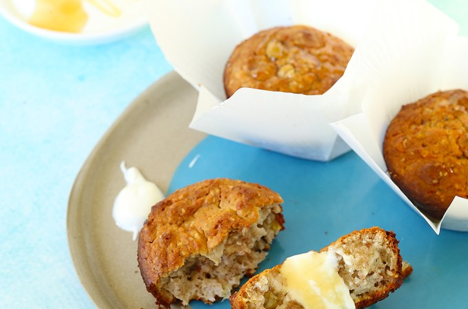 kids eat by shanai apple and chia muffins
