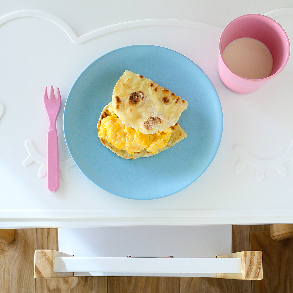 basic scrambled eggs with yoghurt flatbreads Kids Eat by Shanai