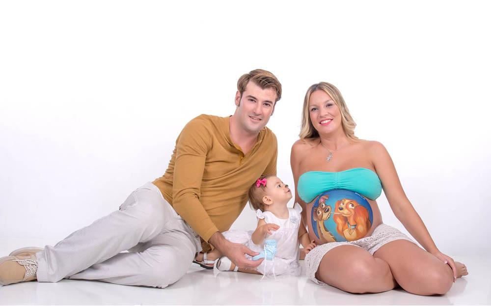kidsfoto.es 4 razones para hacerse una sesión fotográfica Premamá / Embarazo sesión de estudio premamá newborn fotografía premamá fotografia niños zaragoza fotografía embarazo familia estudio bodypaint bebé
