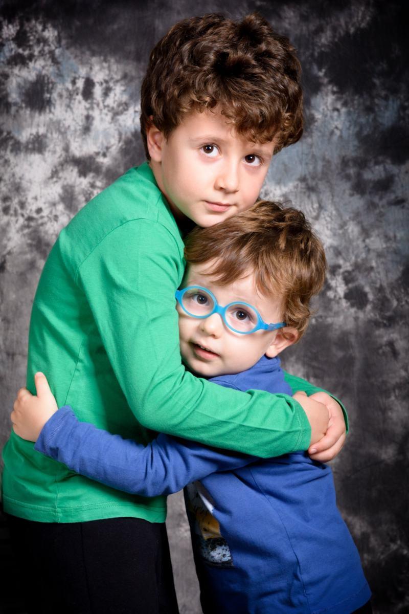 kidsfoto.es Sesión de fotografía infantil en estudio, fotógrafo de familias.