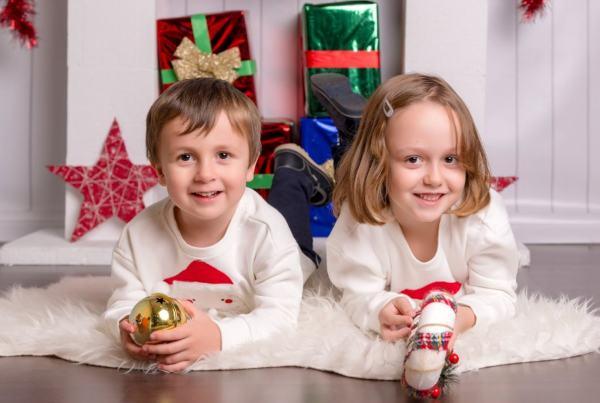 Sesión fotográfica Navidad, fotografía infantil en Navidad, postales y calendarios
