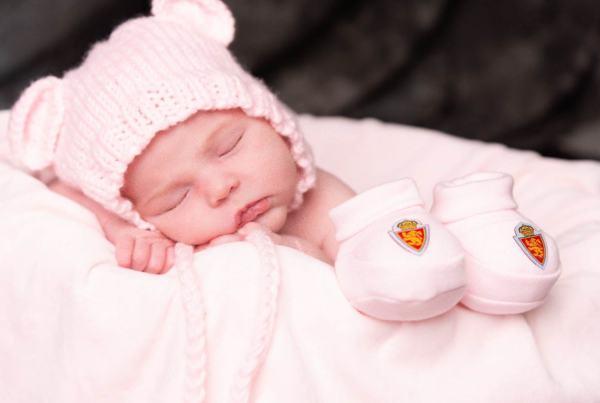Sesión fotografía recién nacido, fotografía Newborn en Zaragoza.