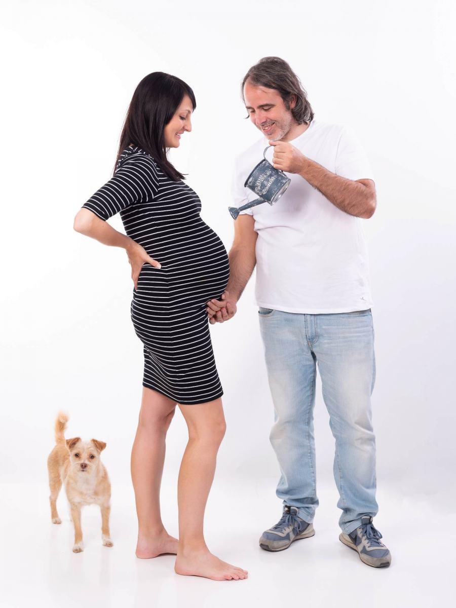 kidsfoto.es Sesión de fotografía premamá en exterior. Fotografía de embarazo en Zaragoza