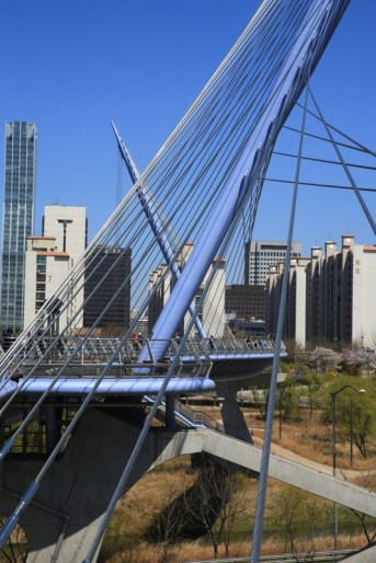 Yeouido Saetgang Bridge
